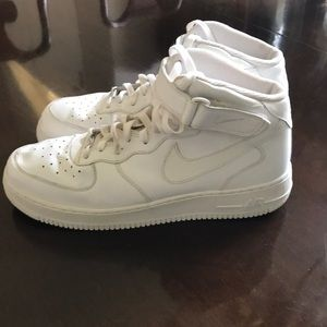 NIKE MEN'S NIKE AIR FORCE 1 ONE HIGH  SNEAKER